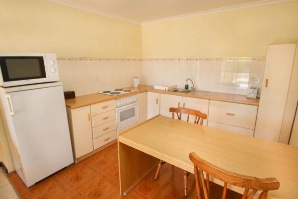 Unit 1 Kitchen-H900